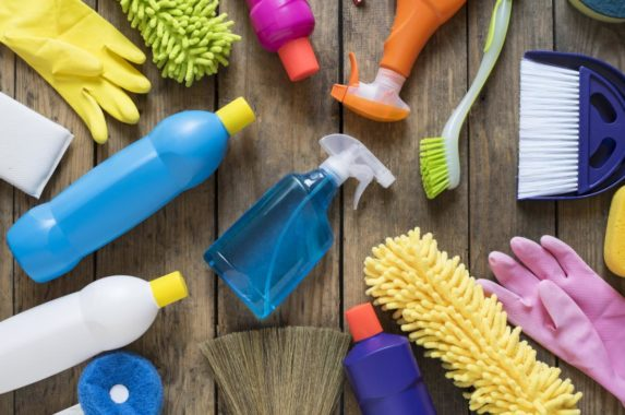 Spring Cleaning for Busy Bodies: Hacks to tackle Spring Cleaning when you don't have time for Spring Cleaning.